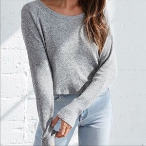 pacsun cropped gray long sleeve